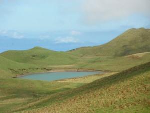 2014-05-27 15h56 lac Peixinho Pico Açores (2)