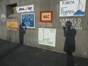 2014-05-08 19h51 Ericante sur le mur de Vila do Porto