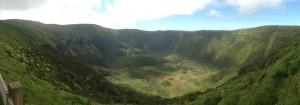 2014-06-01 15h57  le cratère la Caldeira Faial Açores