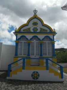 2014-06-14 12h30 imperio côte est Terceira Açores