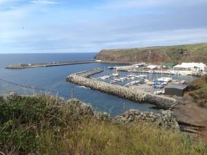 2014-05-04 10h16 vue sur l'entrée et le port Vila Do Porto Santa Maria Açores