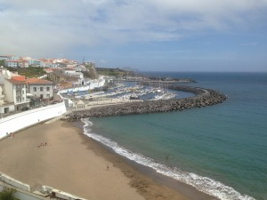 2014-06-11 14h17 la plage d'Angra à Terciera Açores