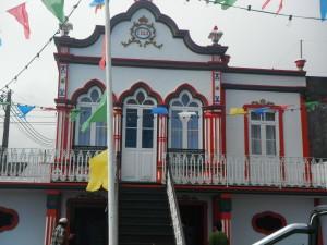 2014-06-14 17h39 Imperio chapelle dédié à l'esprit saint Terceira Açores (2)