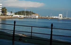 2014-10-03 16h53 la rambla du front de mer de Santa Eulalia à Ibiza aux Baléares