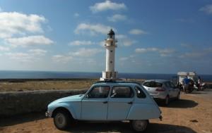 2014-10-08 11h48 la 2 cv au cap Berbère de Formentera