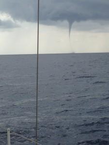 2014-10-28 10h51 trombe marine entre Minorque et Majorque