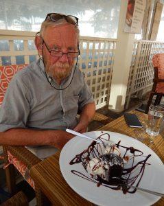2016-05-31 18h18 Eric 1 dessert pour 2 Naxos Egée