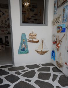 2016-06-02 11h49 bateau bois flotté Mykonos Cyclades