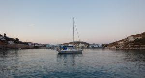 2016-06-03 20h36 mouillage Varis Syros Cyclades