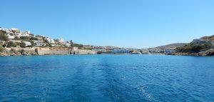 2016-06-04 10h25  Depart baie de Vari Syros sud Cyclades