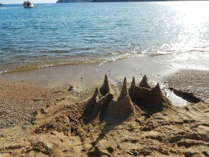 2016-06-05 18h06 chateau sable Koutoulas Serifos Cyclades