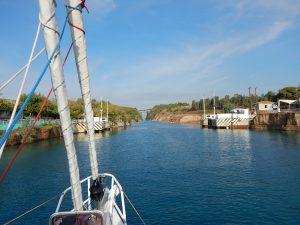 passage-canal-corinthe